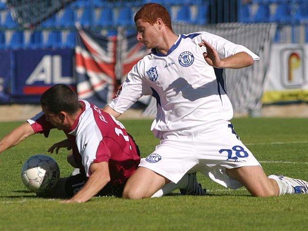 Marcel Gecov (vpravo) ještě v kladenské sestavě, teď hraje za Liberec.