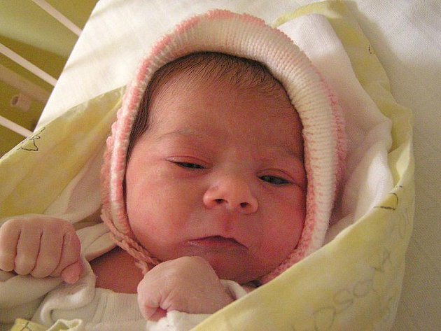 Otílie Kosová, 1.4.2011, Slaný, váha 3,24 kg, míra 50 cm, rodiče jsou Tereza Kosová a Pavel Braha (porodnice Slaný)