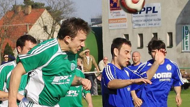 Sokol Hostouň - Sokol Jeneč 0:2 (0:2), I.B. tř., sk. B, 16.k. - 25. 4. 2010