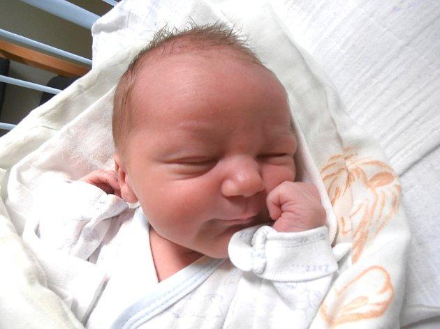 Adam Trhal, Cítoliby. Narodil se 14. března 2016. Váha 3,6 kg, míra 52 cm. Rodiče jsou Andrea Krupičková a Aleš Trhal (porodnice Slaný).