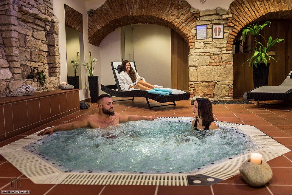Hotel Hejmanský dvůr ve Slaném.