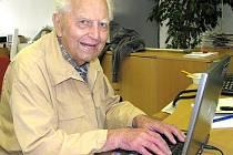 Jaroslav Vykouk st. (17. července 1919 v Kladně-7. května 2011 v Kladně).