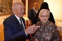 Devadesátiny válečného veterána, italského partyzára, Marina Cavicchioliho a 95. narozeniny Matyldy Klapalové.