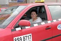 Radka Wiedermannová je jedinou kladenskou taxikářkou