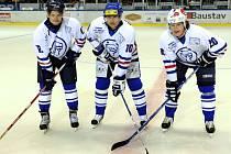Slavná kladenská Blue Line byla v sezoně 1994-95 k nezastavení. Snímek je ale z pozdější doby.