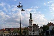 Nové lampy na Masarykově náměstí ve Slaném