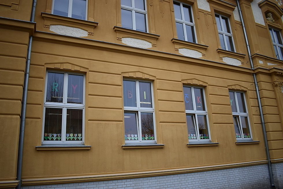Škola ve Smečně.