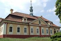 Památník Antonína Dvořáka ve Zlonicích.
