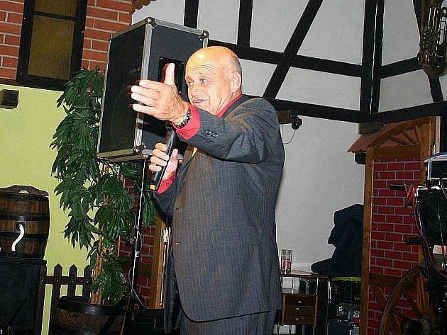 Lubomír Čužák Rys při Decentním večeru v kladenském Selátku.
