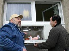 Zprovoznění babyboxu ve Slaném