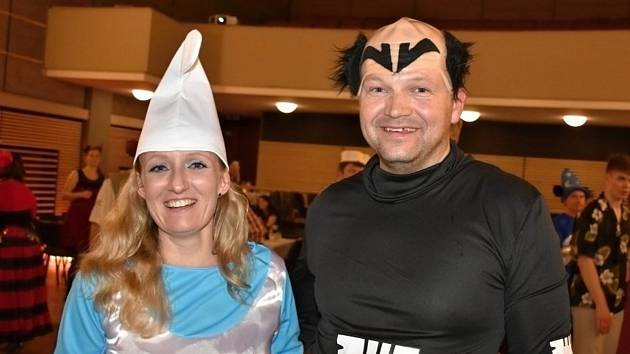 Karnevalová tančírna s Michalem Padevětem.