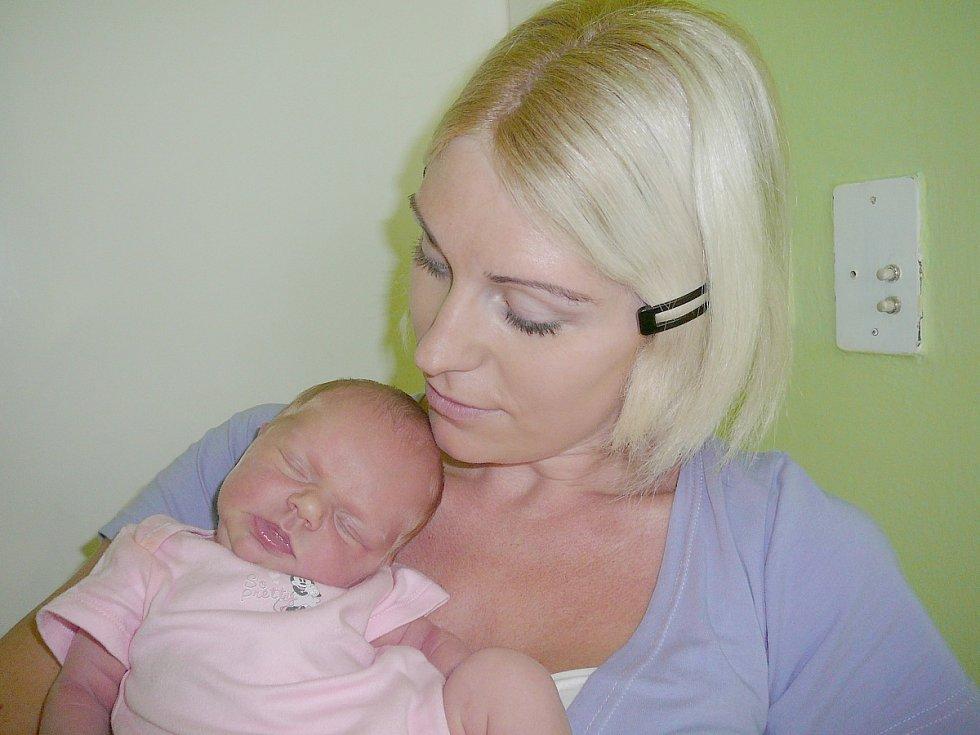 Miley Bernhardová, Kladno. Narodila se 1. srpna 2014. Váha 3,40 kg, míra 50 cm. Rodiče jsou Petra a Jaroslav Bernhardovi (porodnice Kladno).