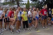 Na startu Rozdělovského čtvrtmaratonu se sešlo 66 běžců.