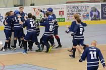 Mladí hokejbalisté Kladna v závěrečných turnajích sezony zářili.