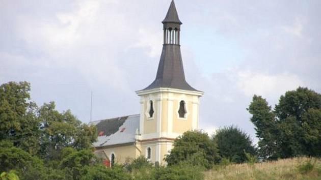 Kostel sv. Václava ve Dřetovicích.