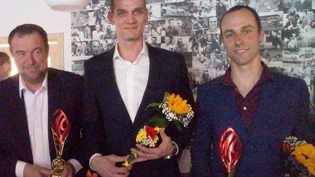 Vyhlášení nejlepších sportovců Kladenska za rok 2018. Trenér volejbalistů Milan Fortuník, Martin Hýský a Tomáš Řenč