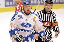 Kapitán HC Řisuty Michal Mádl.