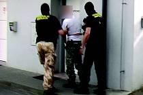 Zadržení pracovníků věznice při akci Převozník