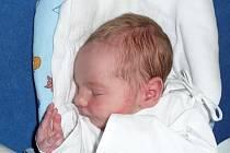Adam Karolyi, Kladno. Narodil se 22. března 2012. Váha 3,15 kg, míra 50 cm. Rodiče jsou Lenka Karolyiová a Juraj Toth. (porodnice Kladno).
