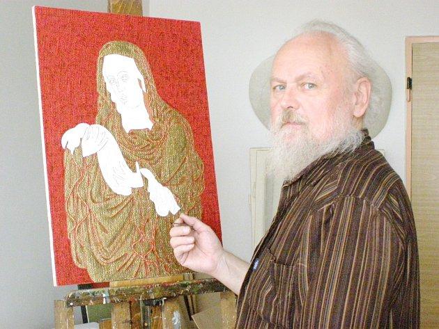 PŘI TVORBĚ DRUHÉHO mariánského obrazu ve svém ateliéru v Kladně-Kročehlavech.