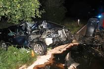Osobák po děsivě vyhlížející nehodě s traktorem