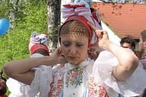 Již 16. ročník tradičního středočeského folklorního festivalu Tuchlovická pouť se uskuteční od pátku 8. května do neděle 10.května.