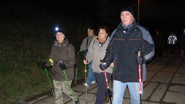 Noční výlet s cílem v nedohlednu se účastníkům velmi líbil.