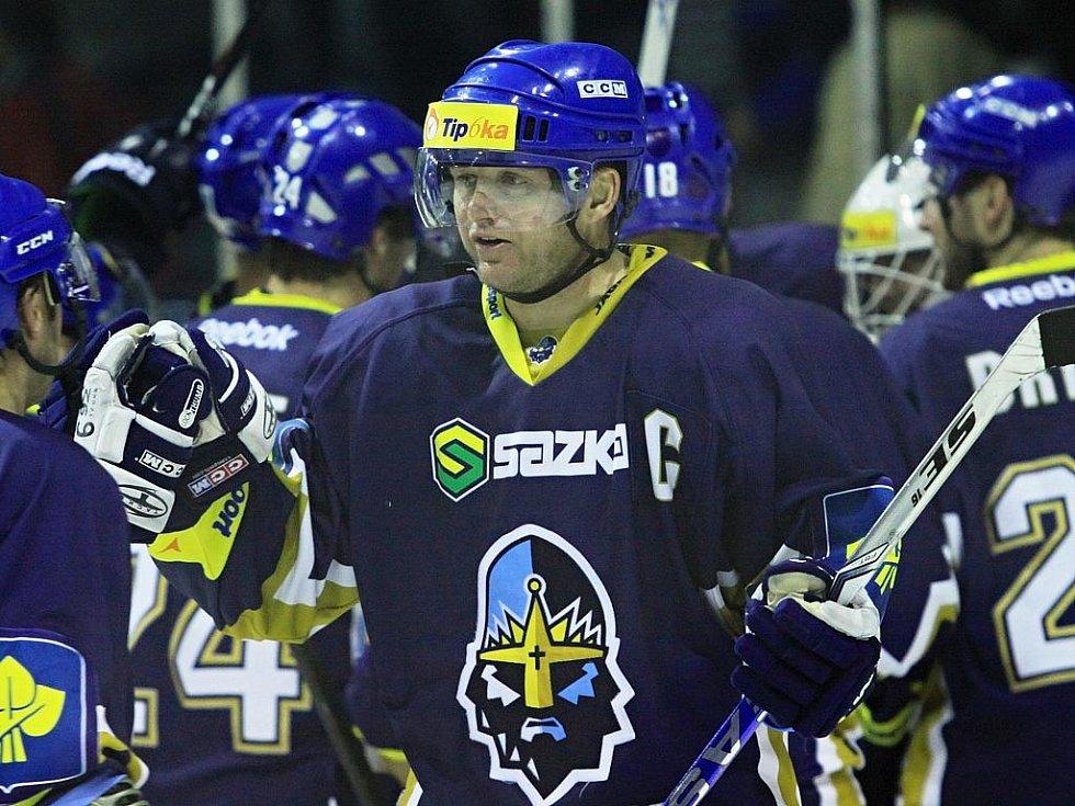 Pavel Patera  // Rytíři Kladno - HC Kometa Brno 8:2,  ELH 2011/12, hráno 21.10.2011