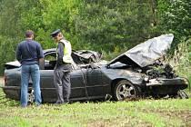 Tragická dopravní nehoda se stala na silnici R6 na úrovni obce Doksy na Kladensku.