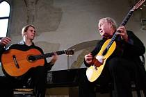Kytarový recitál Milana a Viléma  Zelenkových