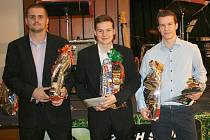 Anketu Futsalista okresu ovládl David Frič (vpravo) před Tomášem Abrhamem (uprostřed) a Davidem Müllerem.