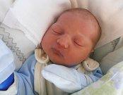 TOBIÁŠ ARON, SLANÝ. Narodil se 14. června 2017. Váha 3,94 kg, míra 54 cm. Rodiče jsou Kateřina a David Aronovi (porodnice Slaný).