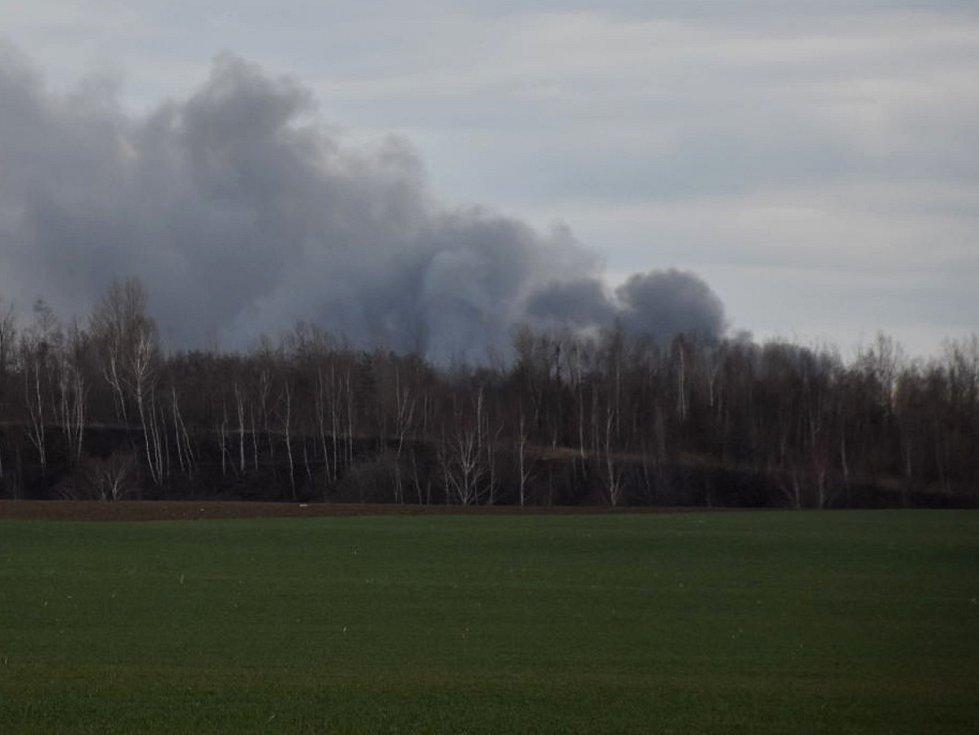 Požár šrotiště v Kladně.