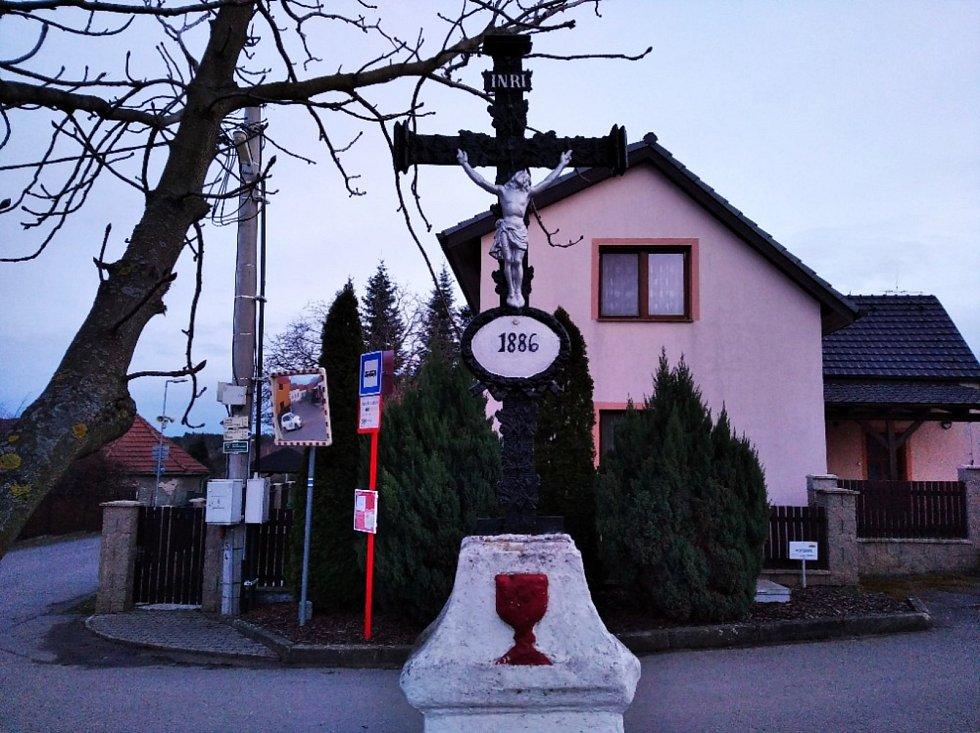 Obec Bílichov je i vyhlášenou chatovou a houbařskou oblastí.