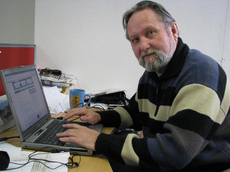Luděk Švorc odpovídal v redakci Kladenského deníku na otázky čtenářů.