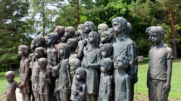 Od vyhlazení obce Lidice uplynulo 10. června 2017  pětasedmdesát let.
