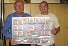 Nástěnku si hasiči vytvořili na oslavy 120. výročí svého založení.