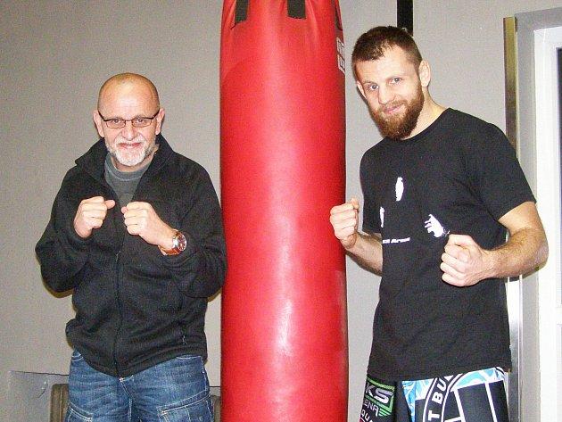 Otec a syn u zrodu SKS Areny: Jaroslav (vlevo) a Jan Homolkové.