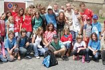 Spokojení a plni zážitků přijeli zpět do Slaného děti, které se zúčastnily třetího turnusu prázdninového tábora pořádaného DDM Ostrov.