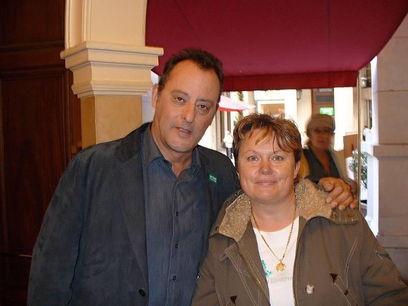 Alena Podolská se s Jeanem Reno setkala v pařížské restauraci, kde na ni ochotně počkal.