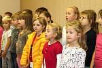 Výstava k 70. výročí ZUŠ Velvary je k vidění v galerii muzea do 31. října.
