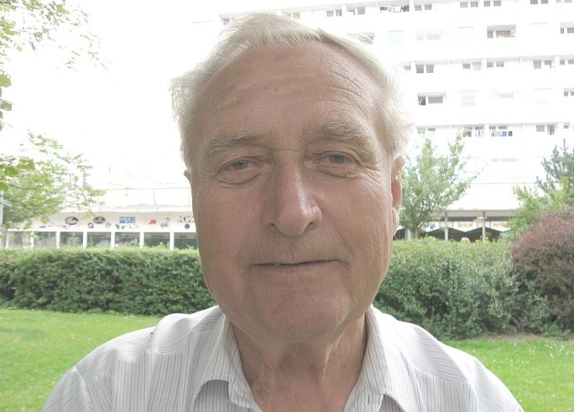 JINDŘICH PETÁK působil jako trenér u dorosteneckých družtev SONP Kladno neuvěřitelných 29 let.