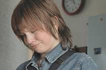 ČTRNÁCTILETÁ Eliška Trkovská z Kladna platnou jízdenku v autobusu měla. Domů i tak přišla s pláčem a psychicky rozrušená z jednání revizorek
