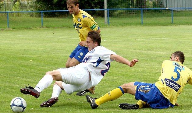 Gruzínec Dimitri Tatanašvilli  (proti Ústí) se jeví jako velká posila. Proti Drážďanům dal svůj první gól za SK.