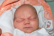 AMÁLIE HEMZOVÁ, MŠENÉ LÁZNĚ. Narodila se 1. září 2020. Po porodu vážila 4,26 kg a měřila 51 cm. Rodiče jsou Denisa Hemzová a Petr Hemza. (porodnice Slaný)