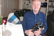 Bývalý skvělý kladenský hokejista Zdeněk Nedvěd slaví 75. narozeniny.