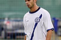 Michal Rendla dostal v závěru zbytečnou červenou a penalta znamenala tipec kladenským nadějím // SK Kladno - Banik Sokolov 3:3 (2:0)  , utkání 29.k. 2. ligy 2010/11, hráno 4.6.2011