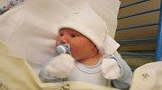 JIŘÍ FIEDLER, KALIVODY. Narodil se 27. října 2018. Po porodu vážil 3,66 kg a měřil 50 cm. Rodiče jsou Sandra Fiedlerová a Jiří Fiedler. (porodnice Slaný)
