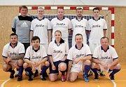 Velký turnaj SKFS rozhodčích se odehrál v Unhošti, vyhrál Mělník. tady je tým Boleslavi.