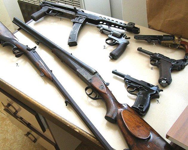 Nejzajímavější zbraně, které odevzdali lidé na Kladensku.